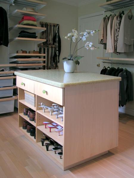 Closet01a